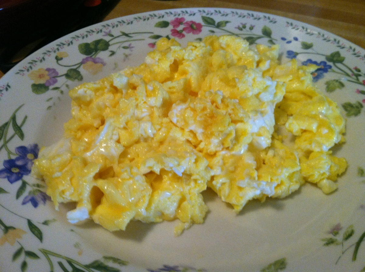 Cheesy scrambled eggs
